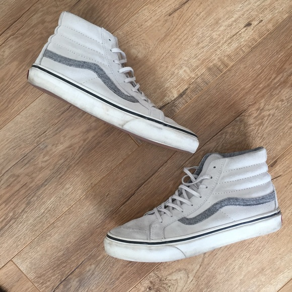 3d68ffdd0b3c7 Ivory and grey suede vans high top old skool. M 5b26a0e53c9844df8e06e171